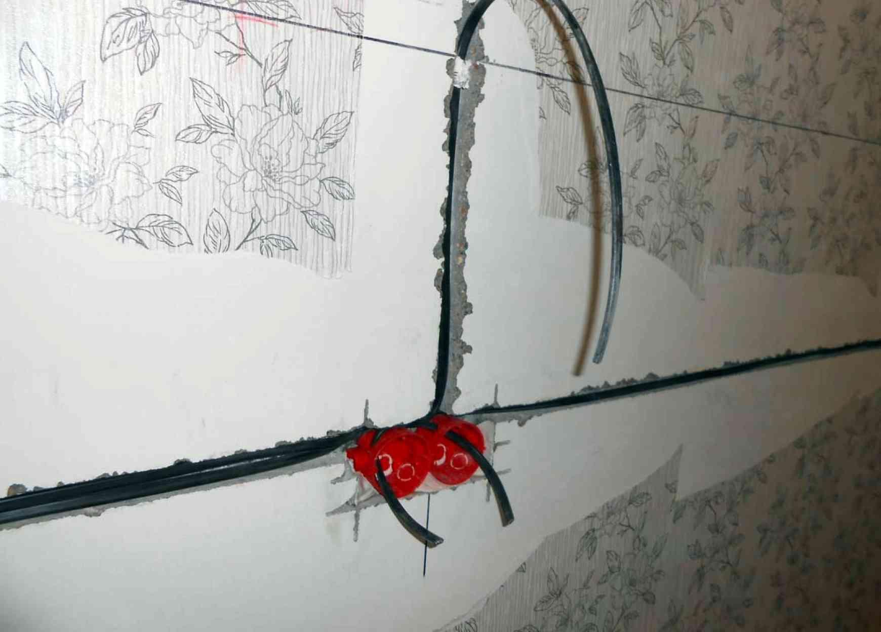 Монтаж кабеля для проходного выключателя